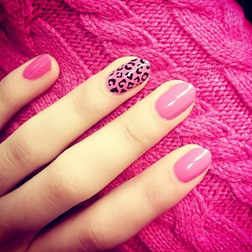 Seeing Pink Cheetahs | Nail Designs
