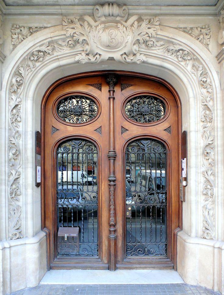 434 best images on pinterest balconies french for Av diagonal 434
