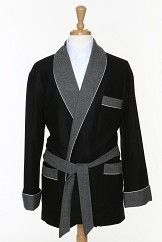 There are different types of mens smoking jackets available in the market and so clients can nowadays easily choose from a large number of options. Over the last few years jackets of different designs have been introduced in the market and these unique designs have made the jacket look even more attractive. Clients can also opt for an online purchase if they want.