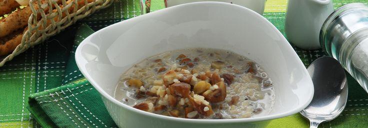 Mach - piatto tipico della Valtellina a base di latte, castagne e riso. http://www.latteriavaltellina.it/ricette/mach/