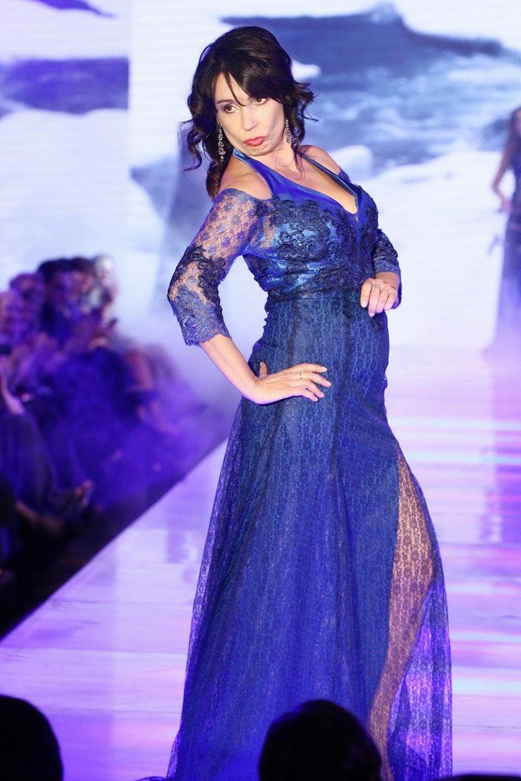 Herečka Nela Boudová si sama ze sebe v roli modelky na přehlídce Terezy Sabáčkové dělala tak trošku legraci.
