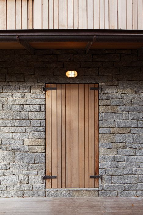 Shuter hinge detail Chalet in Krkonose by Znamenictyr Architekti
