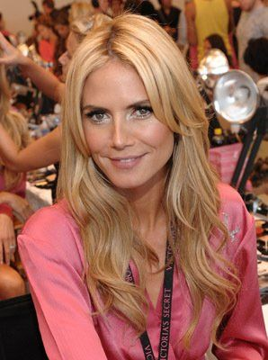 Heidi Klum at event of The Victoria's Secret Fashion Show