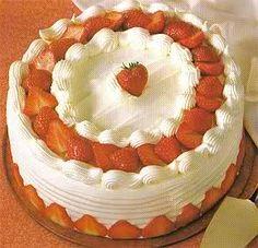 Witte Chocoladetaart Met Aardbeien recept | Smulweb.nl