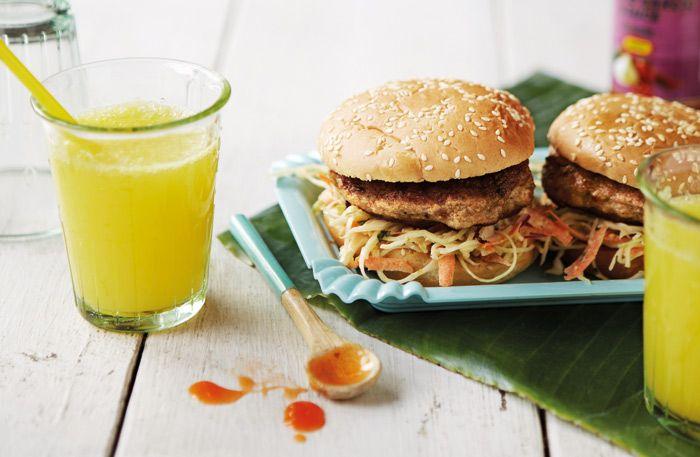 Chicken Thai burger med myntacoleslaw