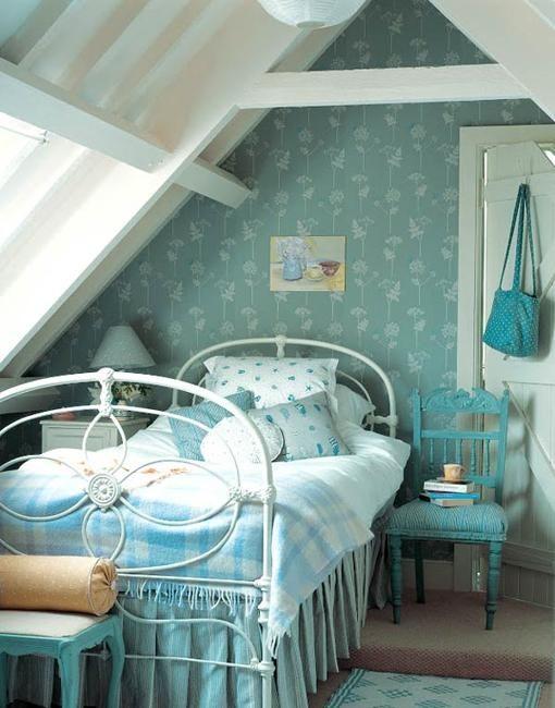 best 25 attic bedroom designs ideas on pinterest attic bedroom closets attic bedroom kids. Black Bedroom Furniture Sets. Home Design Ideas