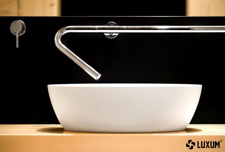 Modern custom-made Luxum sinks – a quintessence of exclusive and modern bathroom.