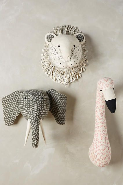 felt animal busts make super fun wall decor for a kids room