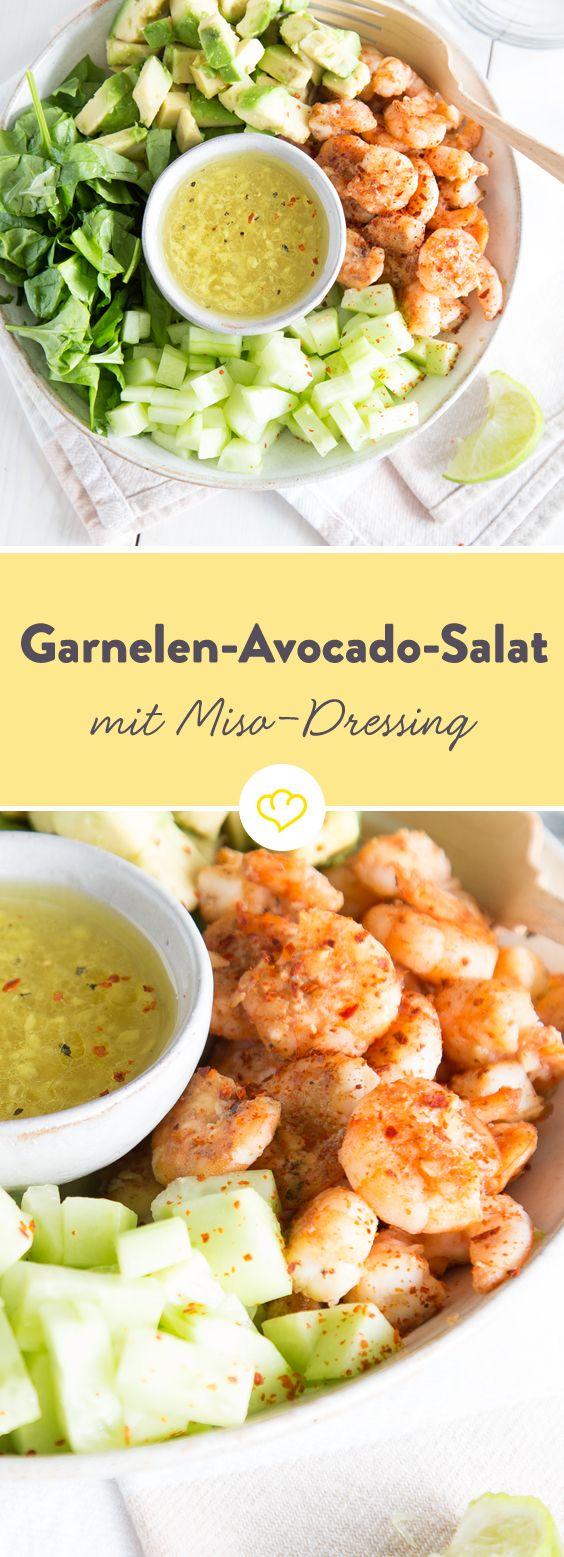 Japan's Geheimnis einen Garnelen-Avocado-Salat: Miso-Dressing! Das beste Rezept gibt's hier!