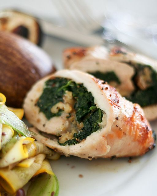 Spinach and Blue Cheese Chicken Roulades | The Healthy Foodie