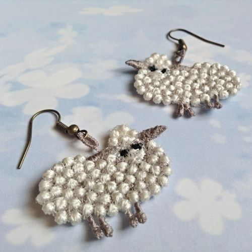 Sheep crazy No. 1 - náušnice #nausnice #sheep #ovce #ovecky #vtipne #fun #sperk #handmade