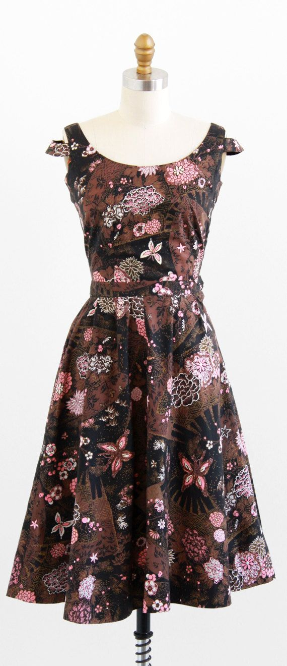 vintage 1950s brown + pink butterfly print dress set with glitter accents | http://www.rococovintage.com