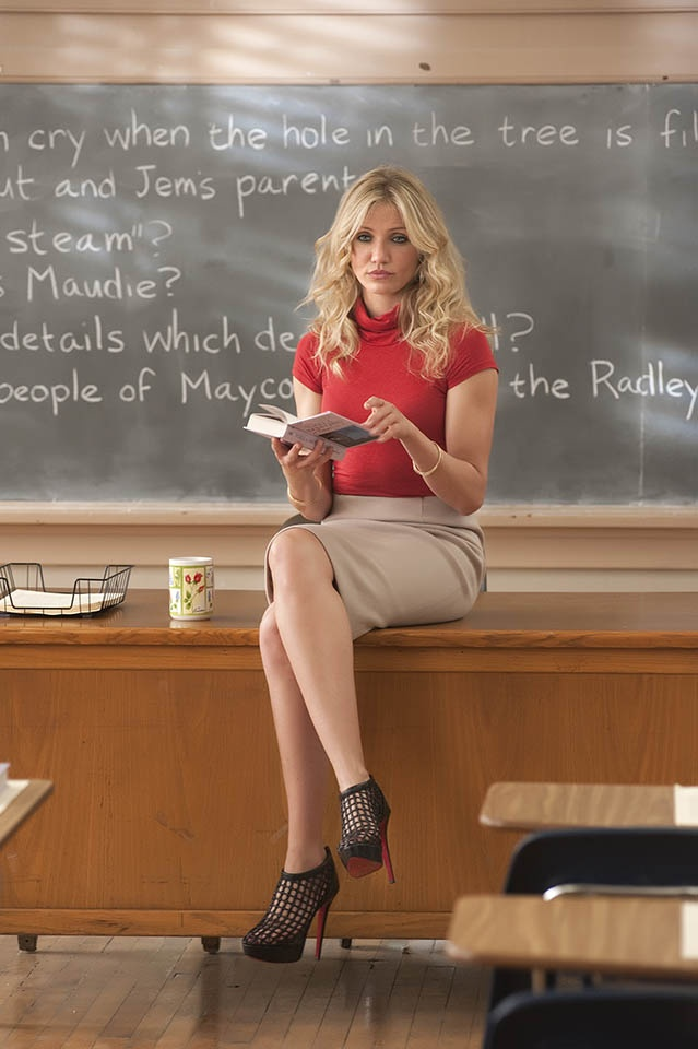 I want these shoes!!! Cameron Diaz in BAD TEACHER