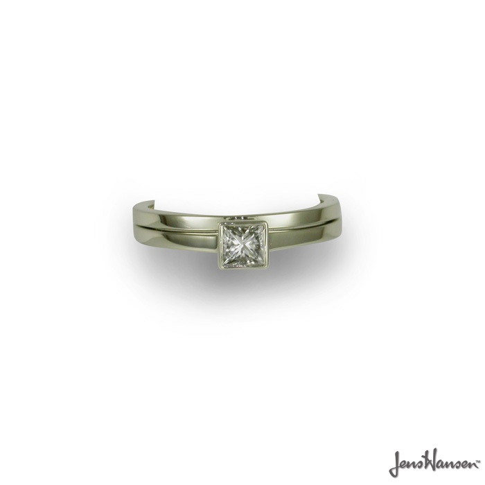 A beautiful Platinum 950 Solitaire Ring set with a .40ct Princess cut Diamond, and matching wedding band. Approx price $6990