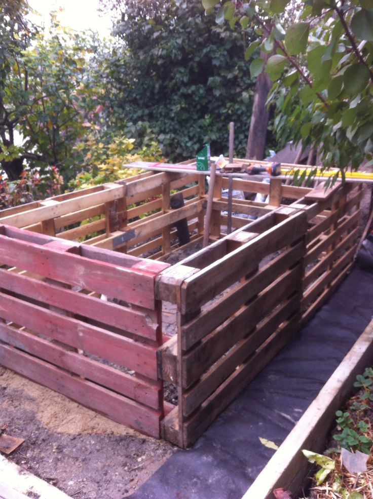 potager en palette permaculture pinterest. Black Bedroom Furniture Sets. Home Design Ideas