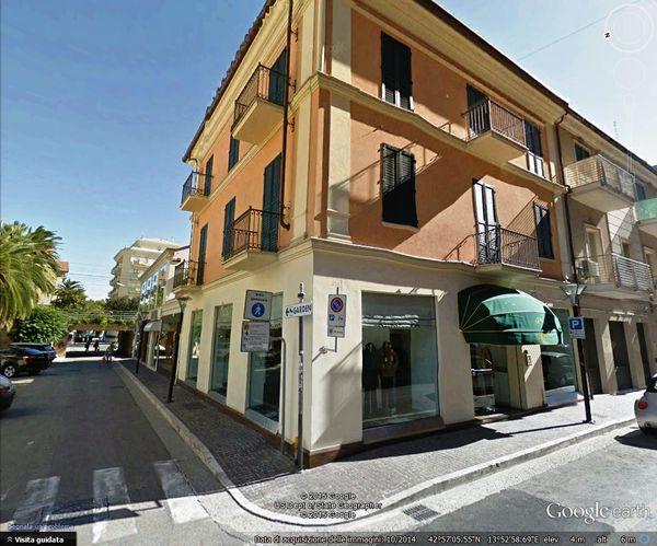Omero abbigliamento, San Benedetto del Tronto