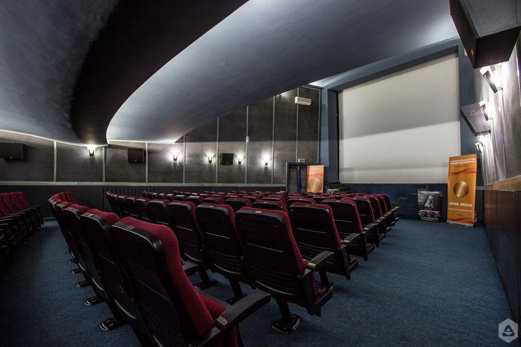 În 1969, Cinemateca Română se mută în Sala Union - Paul Călinescu din Str. Ion Câmpineanu nr. 21. Sala are 130 de locuri şi instalaţie de sunet Dolby Stereo. Aici rulează, în special, filme vechi, care fac parte din Arhiva Naţională de Filme Cinemateca Română, instituţie înfiinţată în 1957.