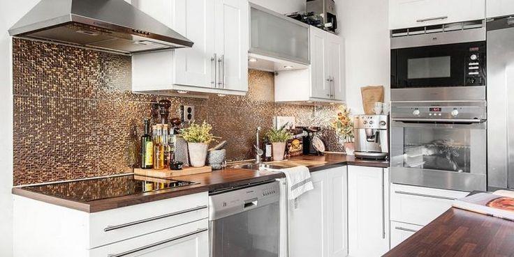 Fa és fém, barna, fekete és fehér - 39nm-es kis lakás érdekesen