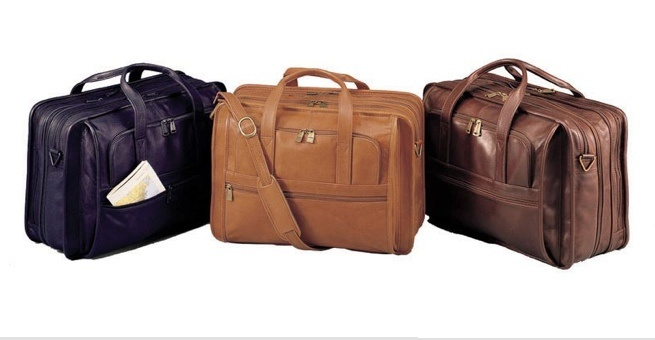 "Winn ""The Regency Plus"" Leather Expandable Briefcase  This leather briefcase is expandable and features an accordion file."