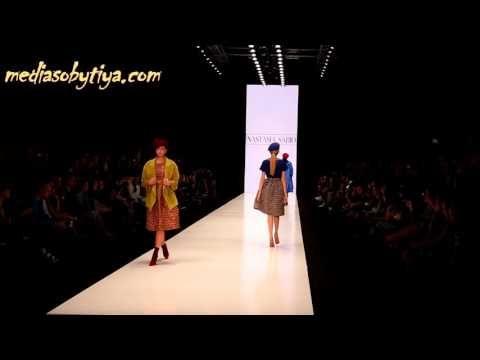 Показ студентов Школы дизайна НИУ ВШЭ на Mercedes Benz Fashion Week Russ...