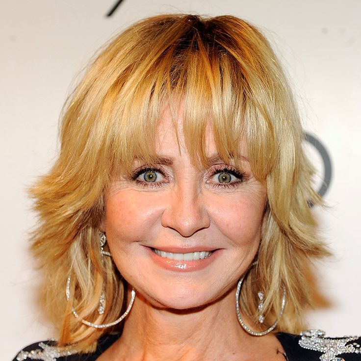 Pin By Joanne Douthitt On Celebrities Over 40 Long Hair Tips Short Hair Styles Lulu Hairstyles