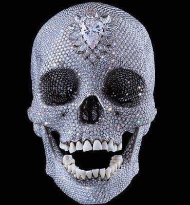 For the love of God, la calavera con dentadura humana y con casi 9.000 diamantes incrustados por los joyeros del taller de la Maison Cartier. Damien Hirst