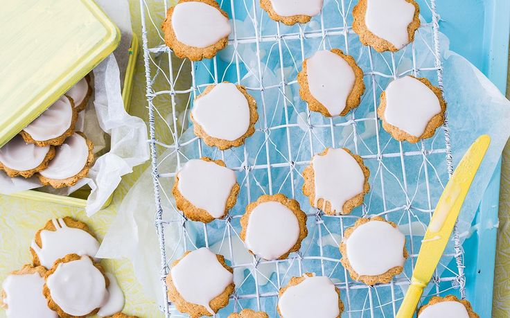 Honey lemon biscuits recipe - By Australian Women's Weekly, Indulge in these honey and lemon biscuits, sweet and satisfying! Perfect for morning or afternoon tea with a cuppa!