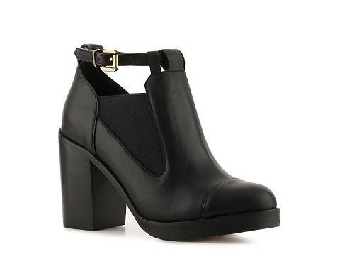 Obsession Rules Erin Bootie | DSW