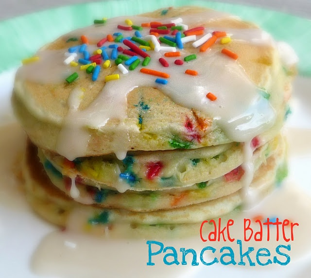 Cake Batter Pancakes!  Perfect for birthdays: Cakes Mixed, Cake Batter Pancakes, Recipe, Kids Birthday, Birthday Breakfast, Birthday Pancakes, Birthday Mornings, Cakes Batter Pancakes, Birthday Cakes