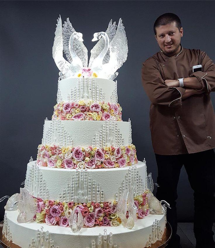 картинка огромный торт мужчине востоке африке