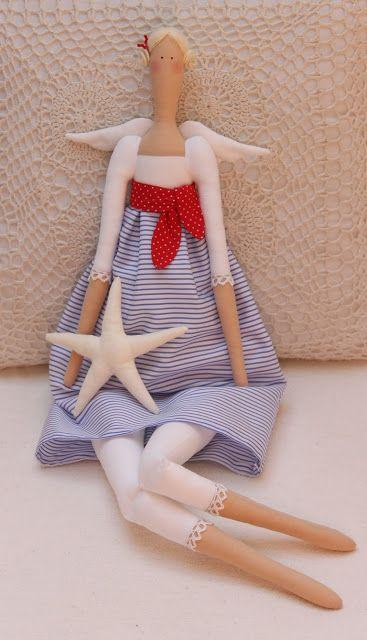 Love this fresh looking seaside Tilda doll!