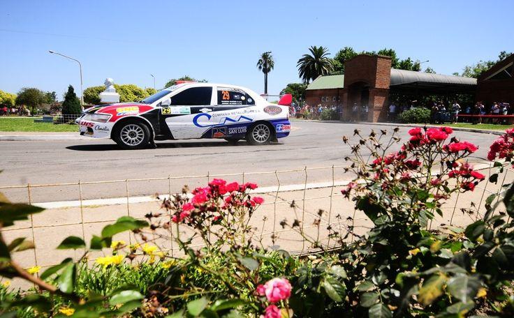 #RallyArgentino en Entre Ríos.  #Argentina #Rally #Race #Car #flowers  Más info en http://www.facebook.com/viajaportupais