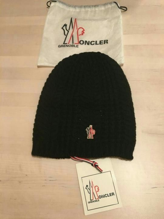 914859db1b3 Moncler women hat grenoble winter cap brand new wool italy  400 authentic  vip