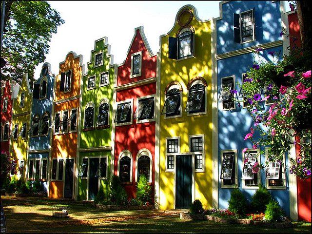 Shadows and colours in Holambra, São Paulo, Brazil   by Vi, via Flickr