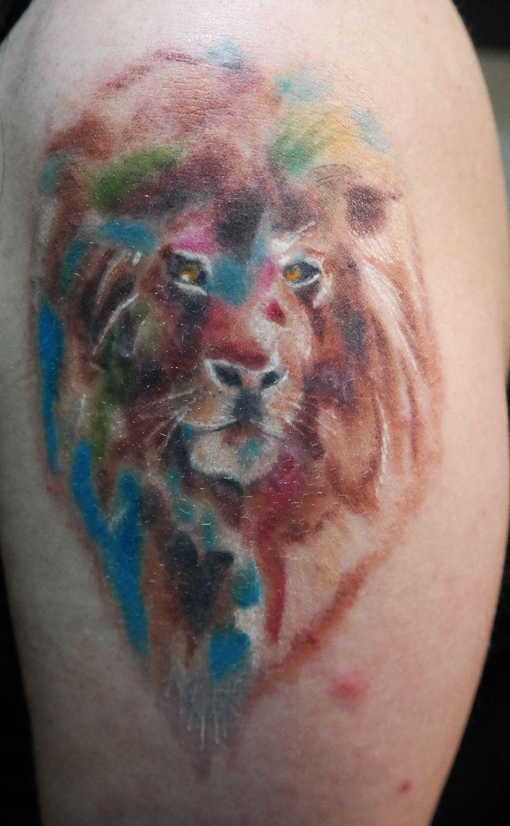 oil pain lion