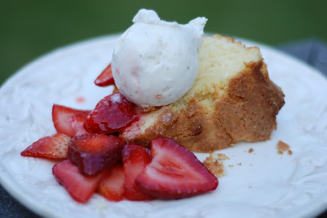 The Most Incredible Poundcake Recipe EVER: Desserts, Pound Cakes, Incredible Poundcake, Poundcake Recipe, Cheese Poundcake, Chapel Hill, Recipes, Cream Cheeses