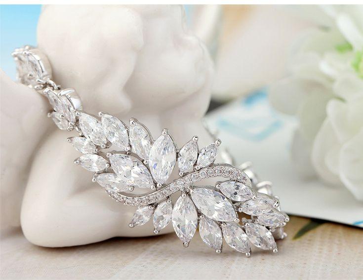 """Bracelet en plaqué or blanc et zircon AAA++""""Vigne"""" 85euros"""