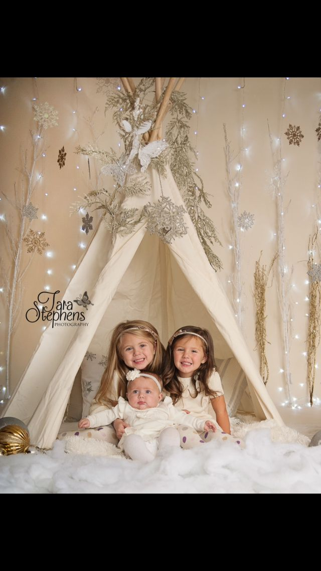 Tara Stephens Photography Holiday mini session ideas Teepee  Winter wonderland
