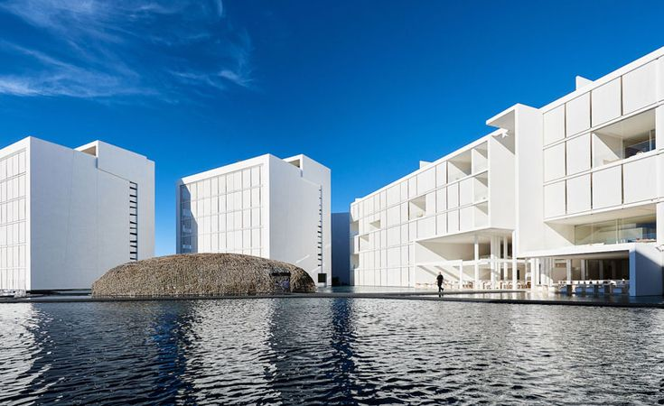 15 Pictures Of The Most White Minimalist Hotel You Will Ever See // The Mar Adentro Hotel in San José del Cabo, Mexico, is probably the most white minimalist hotel you'll ever see.