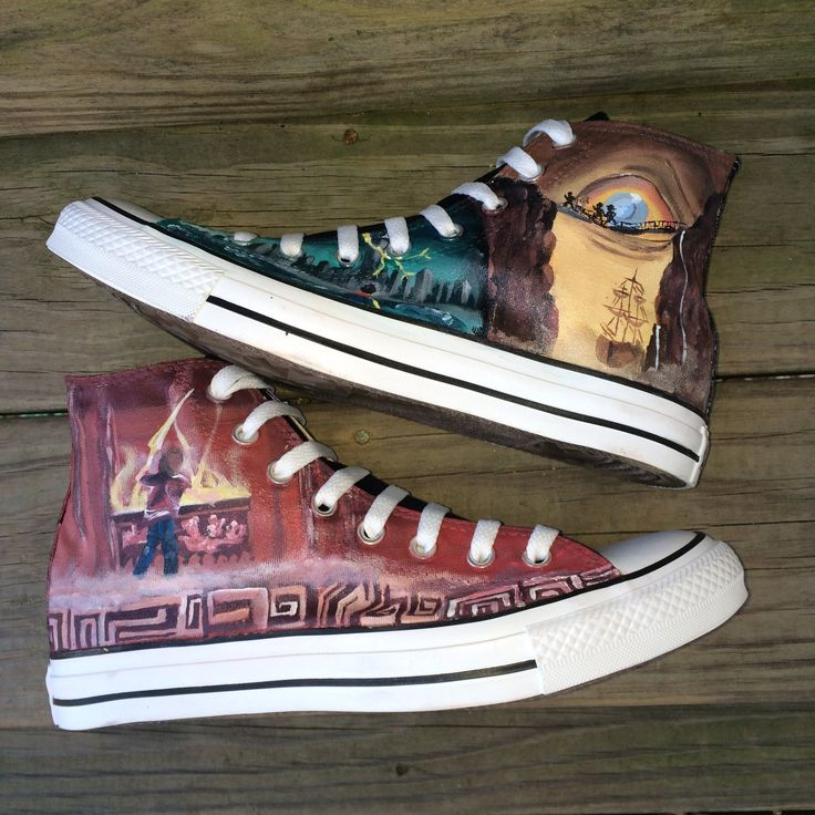 A beautiful rendering of covers from the very popular Percy Jackson series. Each pair is hand painted and one of a kind!  These shoes ship 4-5 weeks from the date purchased. Rush Orders are not available due to the time-intensive nature of this pair.