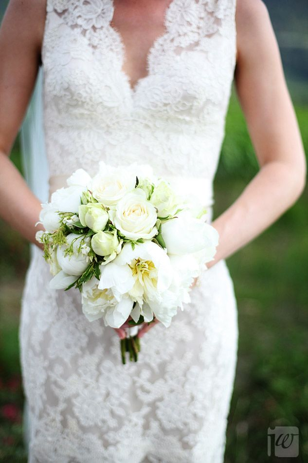 Virginia and Timothy - green and white elegance