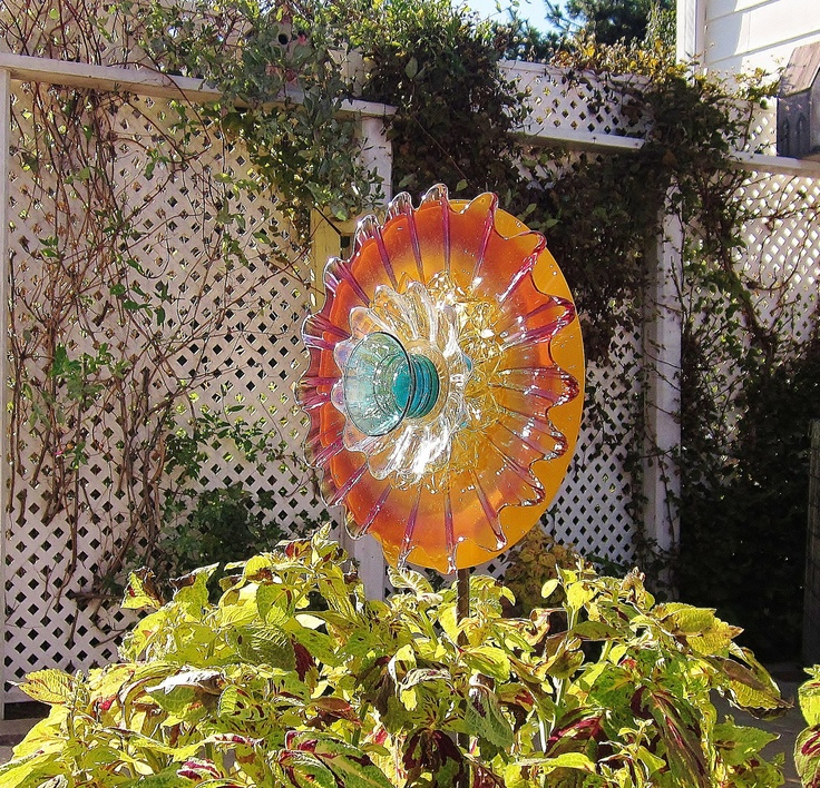 Pin by brenda o 39 leary on outdoor decorating pinterest - Recycled glass garden art ...