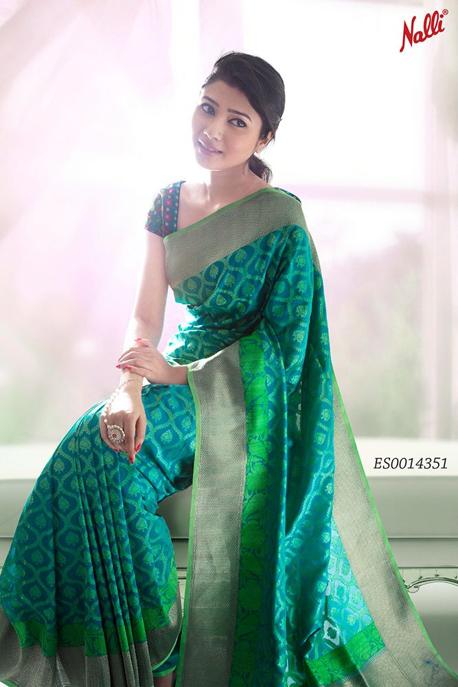 Saree pick of the week! This gorgeous Green Banarasi Silk Saree has been picked out exclusively for you! Only one in stock!