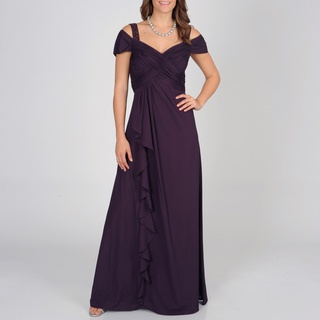 @Overstock - This women's evening gown from Decode 1.8 features a sweetheart neckline, with beaded trim strap and off the shoulder detail. A gathered bodice, with cascading asymmetrical ruffle pull this lovely look together.http://www.overstock.com/Clothing-Shoes/Decode-1.8-Womens-Evening-Gown/7325030/product.html?CID=214117 $162.99