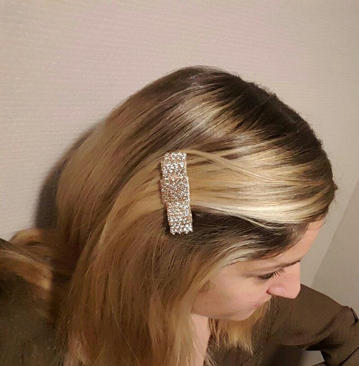 Cheveux barrette