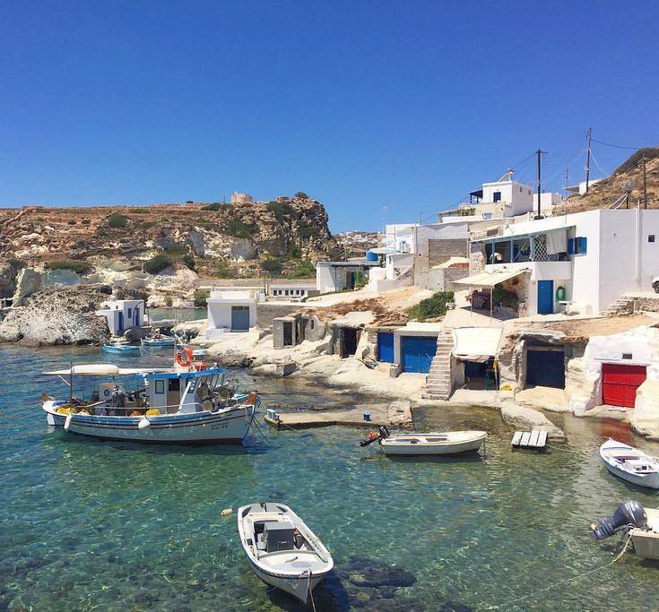 island of Kimolos (Κίμωλος) A traditional fishing village