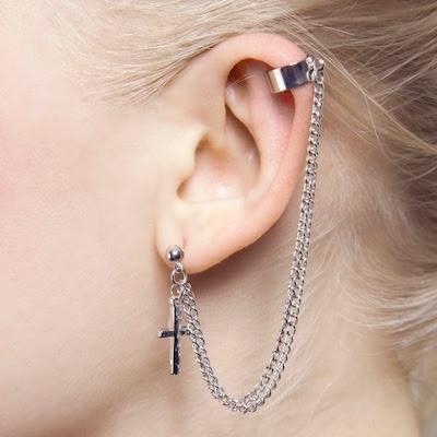 Ear cuff + cross