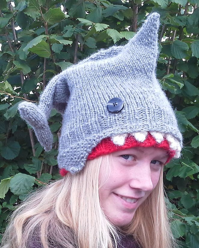 Knitting Patterns For Crazy Hats : 1000+ ideas about Shark Hat on Pinterest Crochet Shark, Crazy Hat Day and R...