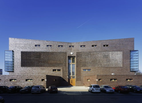 Doppelsporthalle christoph m ckler architekten berlin for Architekturburo osnabruck