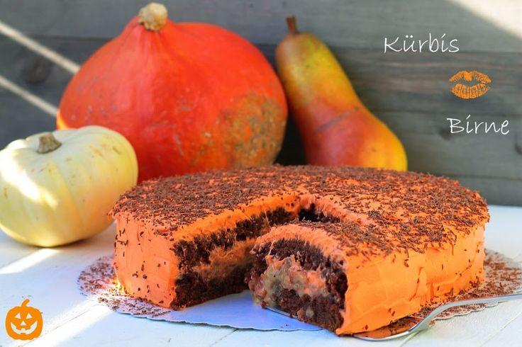 Tortenschlaraffenland hat eine superlecker aussehende Kürbis Birnen Torte gebacken fürs Kürbirne Blogevent